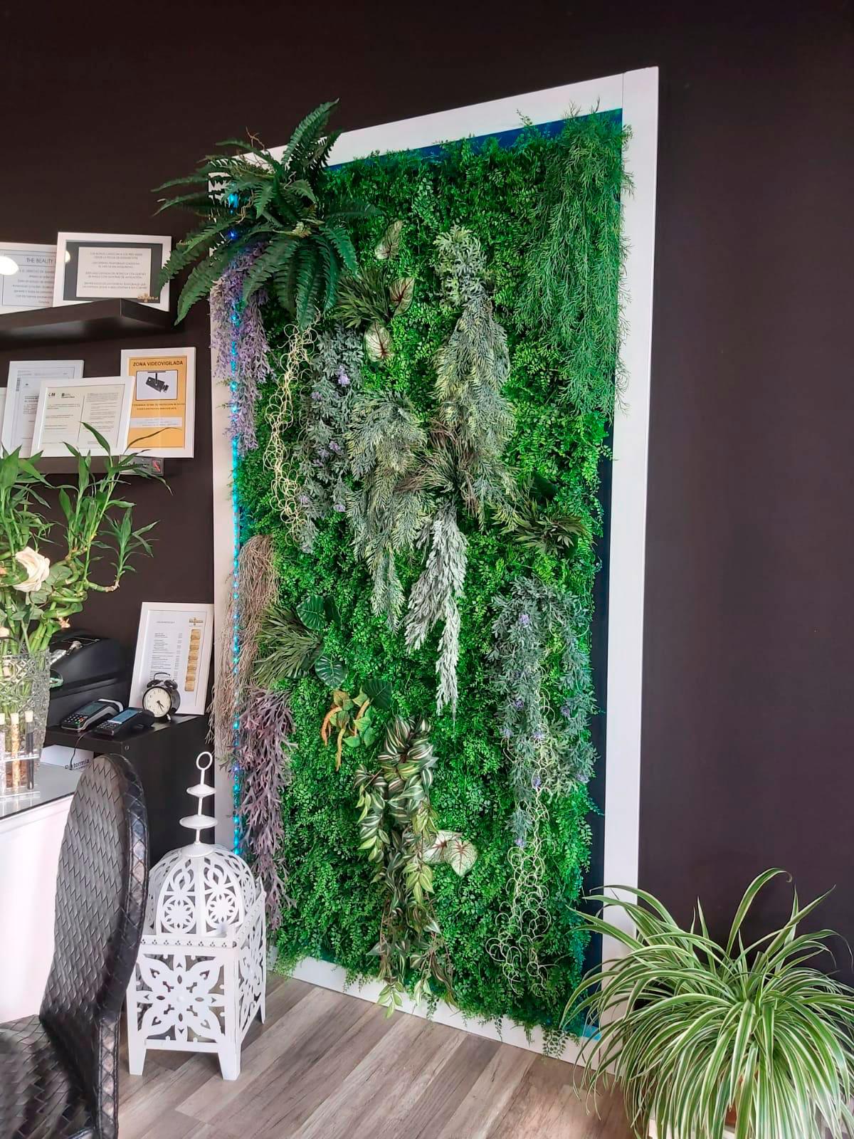 Jardin vertical en Alonso Martinez
