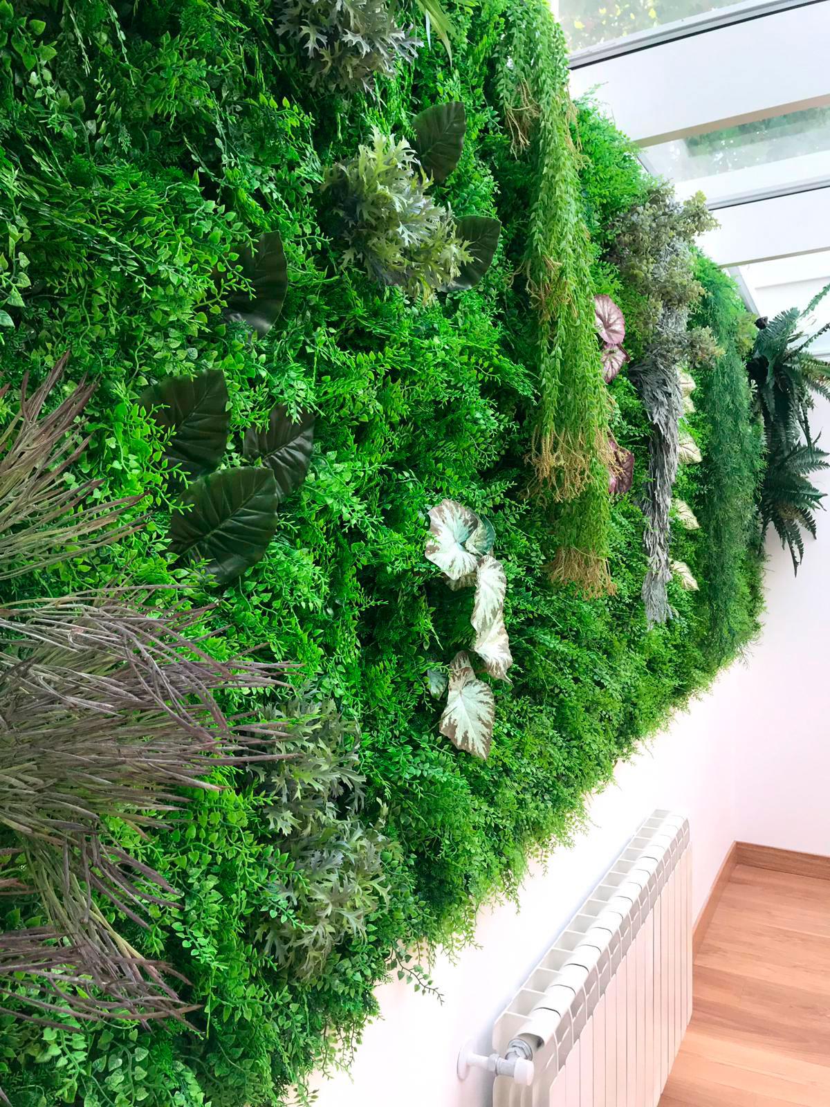 Jardin vertical en Arturo Soria