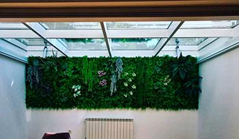 Jardin vertical en Arturio Soria