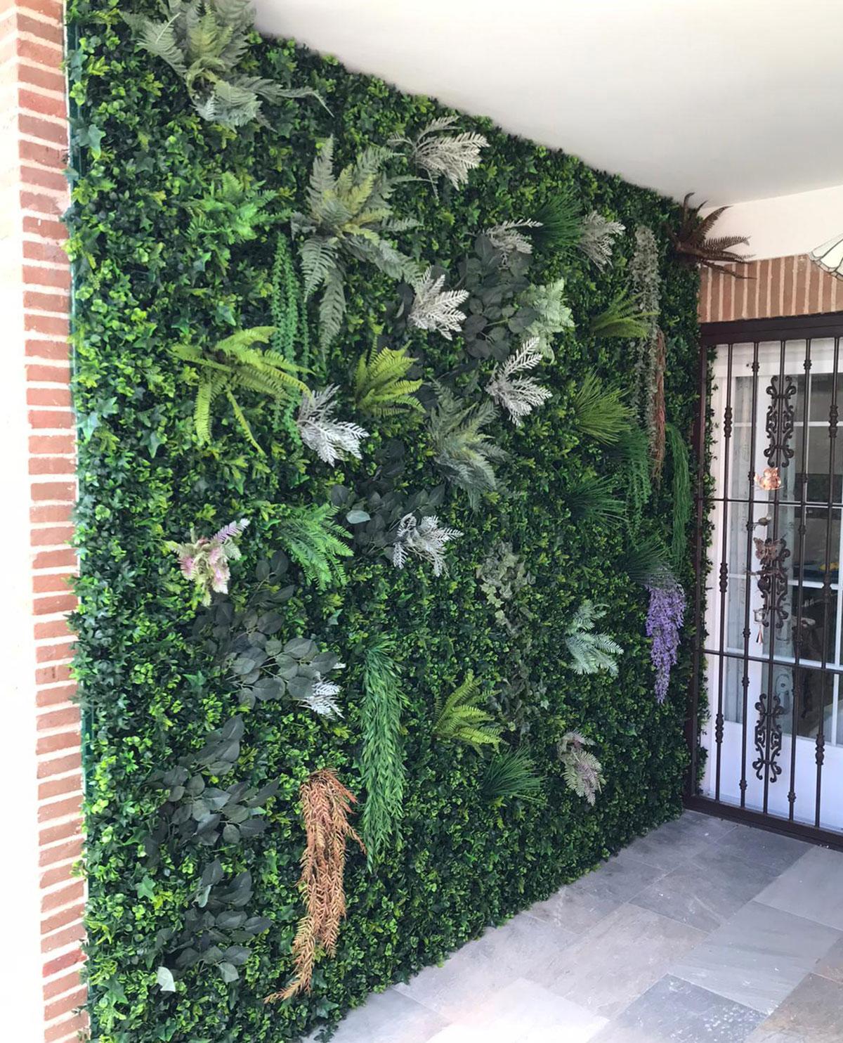 Jardin vertical en Villanueva de la Cañada
